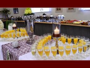 Buffet-Tisch & Sekttisch-Deko