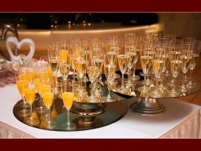 Sektempfang in der Hochzeitslocation Dederer