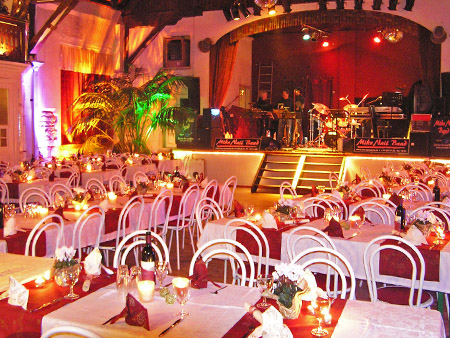 """Hochzeitslocation """"Alte Festhalle"""""""