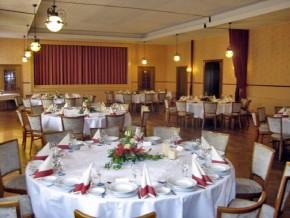 Hochzeit, runde Tische