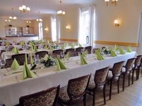 Hochzeitsdeko Grün-Weiß