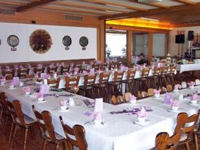 Saal dekoriert - Hochzeitsfest