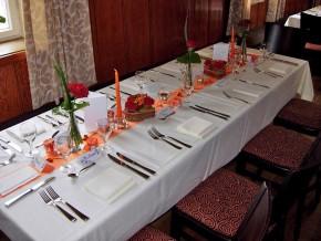 Tisch Dekoration Orange-Weiß