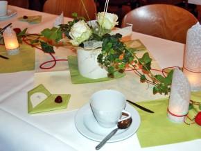 Tisch - dekoriert für Fest