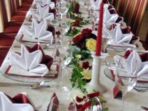 Tischdekoration Rot-Weiss