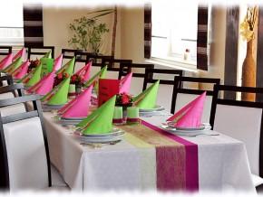 Tischdeko Hochzeit in Pink Grün