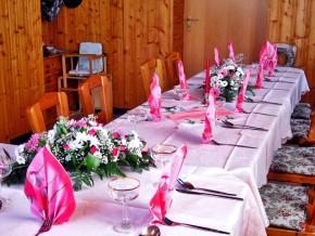 Tischdekoration Hochzeit Pink
