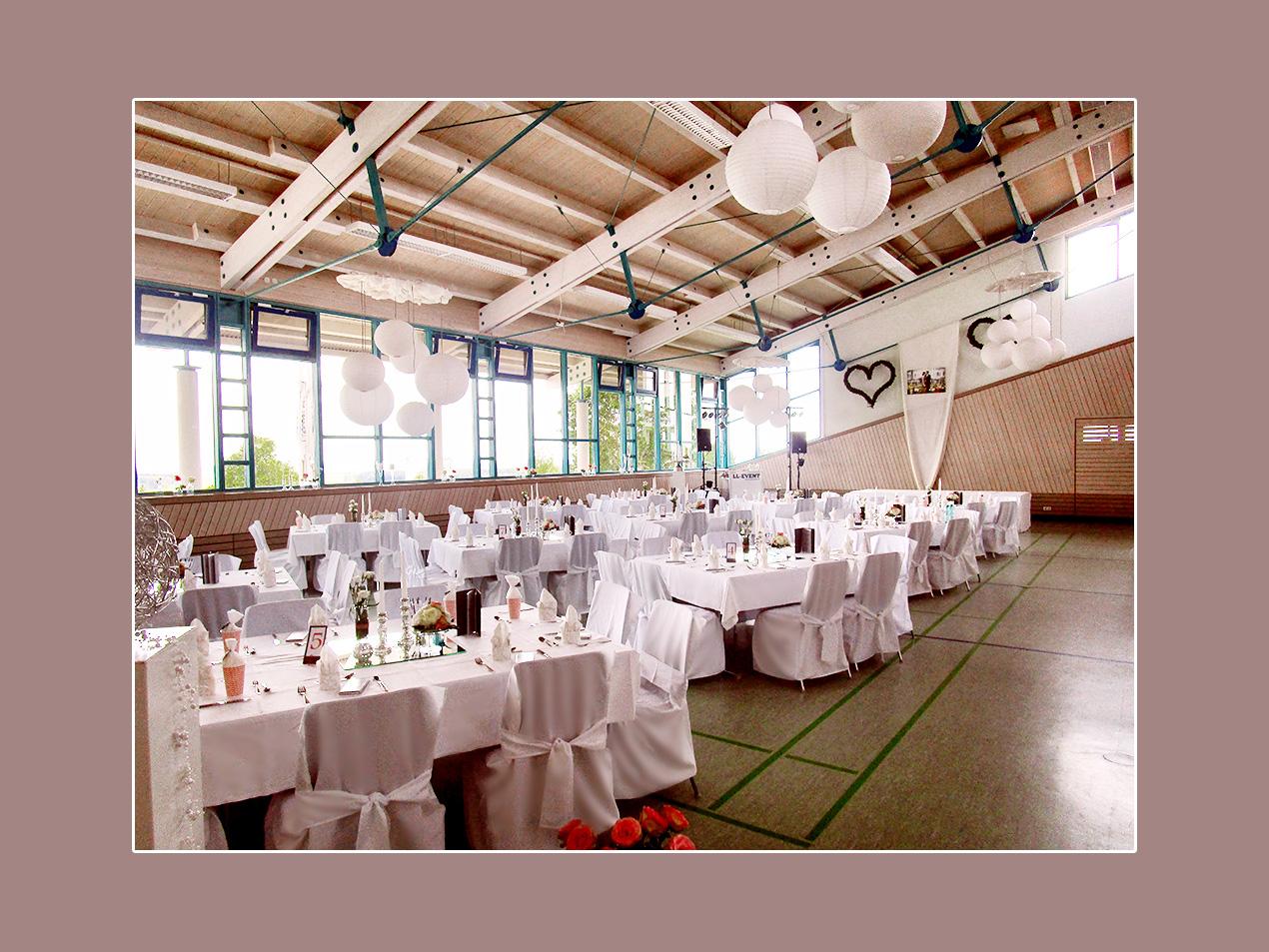 Hochzeitslocation Hochsträßhalle Niederhofen bei Koblenz und Limburg an der Lahn