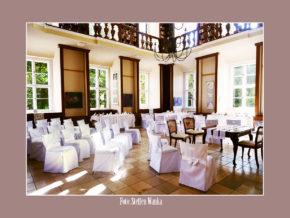 Schloss Ostrau Petersberg Hochzeitslocation Trauung nahe Halle Leipzig