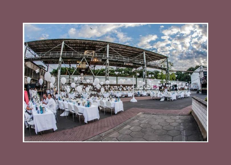 Hochzeitslocation Frankfurt am Main Offenbach bis 3500 Personen Fredenhagen Festsaal Außenbereich