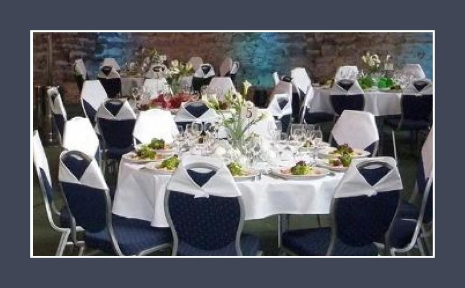 Hochzeitslocation 220 Personen Schloss Büdingen Hessen Butzbach Hochzeitssaal