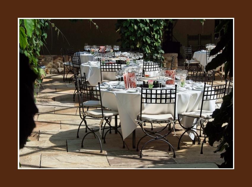 Innenhof 250 Personen Hochzeitslocation Urbar Neuwied Koblenz Limburg an der Lahn