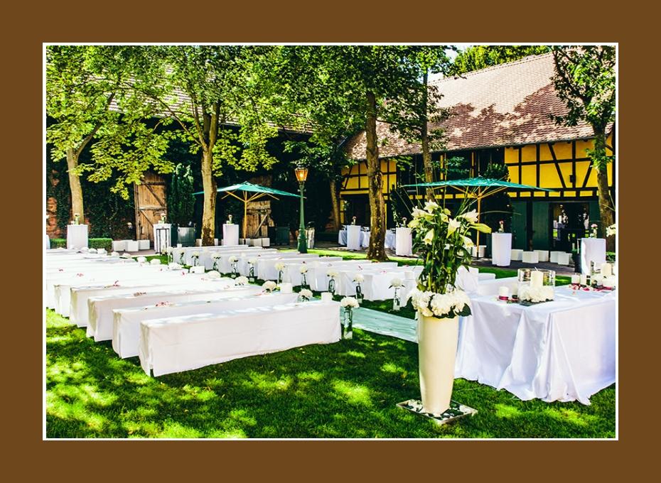 Innenhof Hofgut von Hünersdorff Wörth am Main 500 Personen Hochzeitslocation Trauung