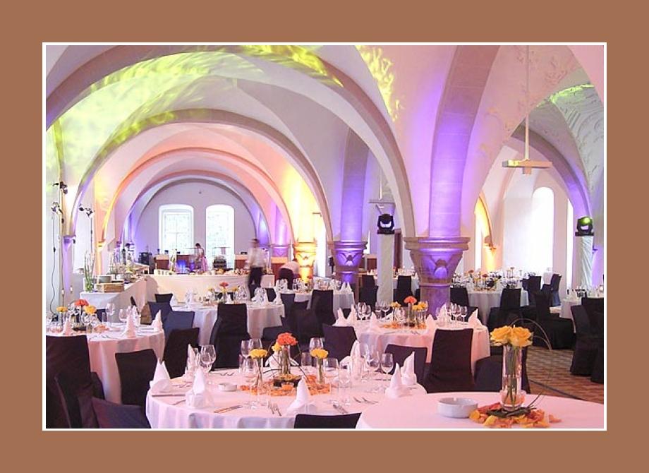 Kloster Eberbach Eltville im Rheingau Hochzeitslocation Wiesbaden Mainz Frankfurt am Main 1000 Personen Festsaal