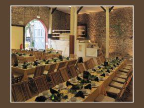 Zehntscheune Schloss Hochheim Hochzeitslocation Wiesbaden Mainz Frankfurt am Main Gastraum 100 Personen